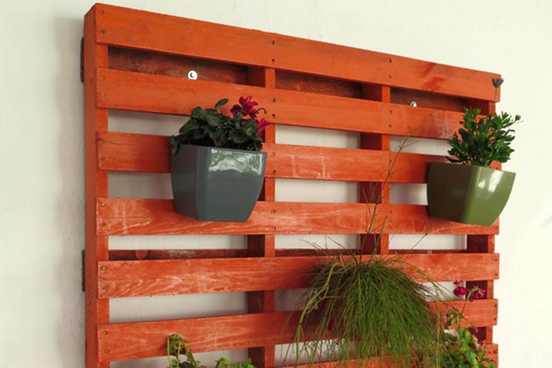 DIY Furniture Walls