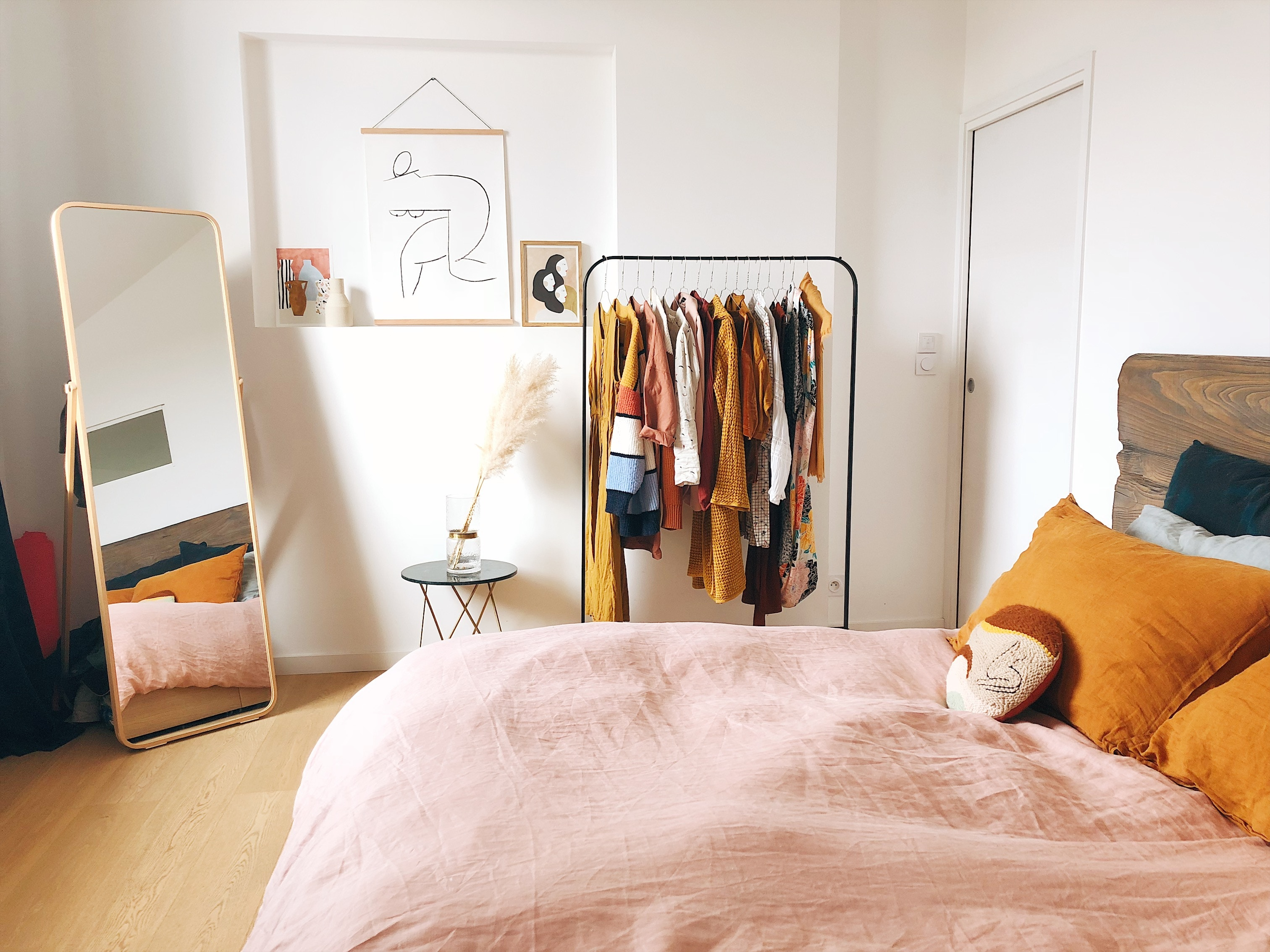 Small Bedroom Ideas Selecting The Right Bed Size