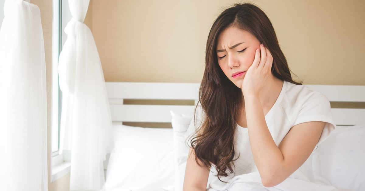 How To Sleep After Wisdom Teeth Removal - 4 Tips That Will ...